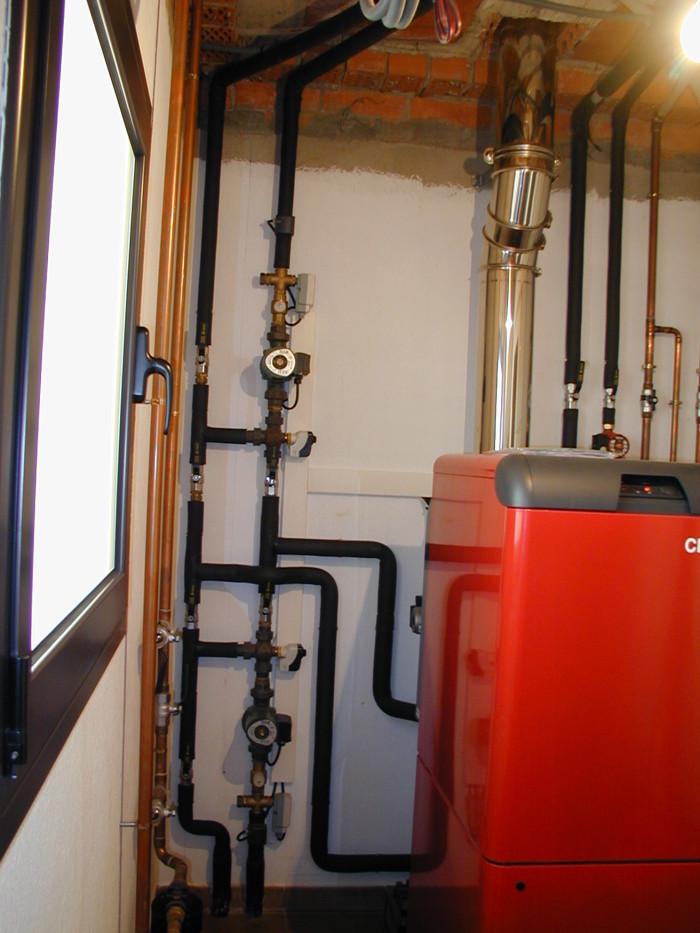 Instal.lació caldera gas-oil.
