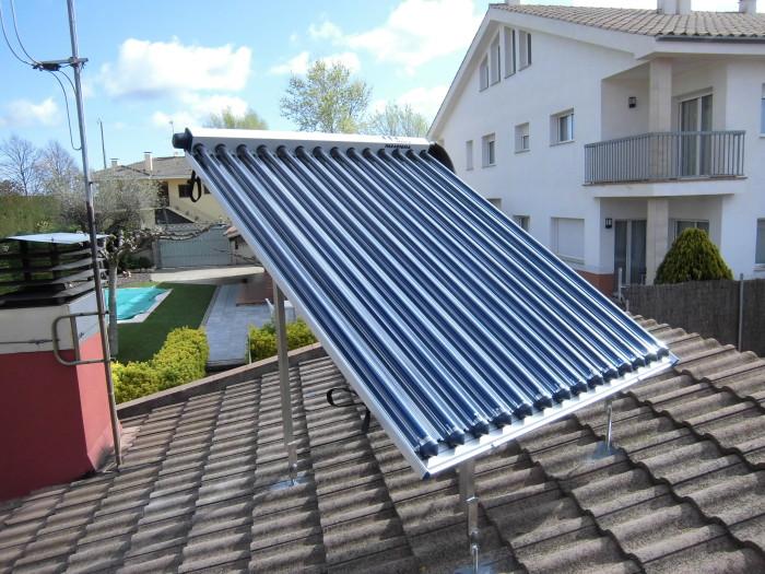Panell solar de tubs de buit.